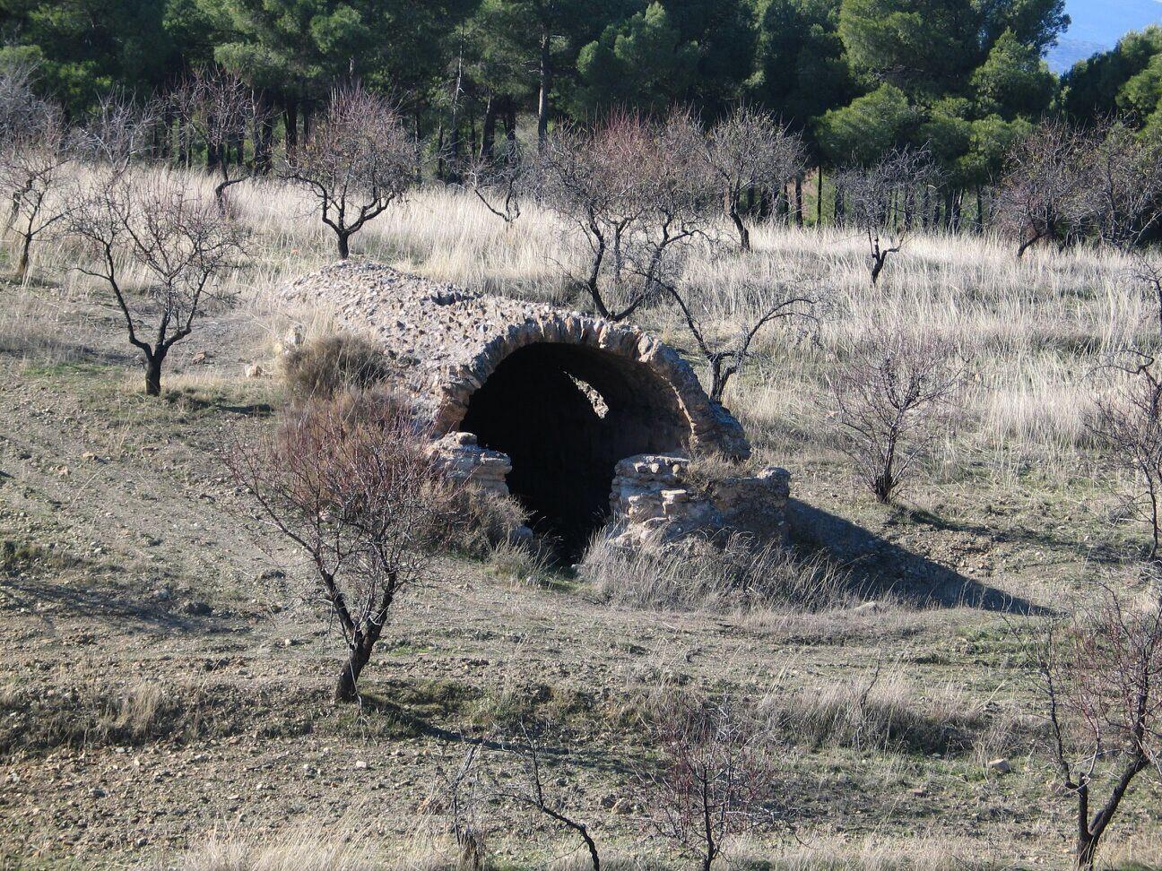 Aljibe del Cigüeñí, Valle del Zalabí, Granada.